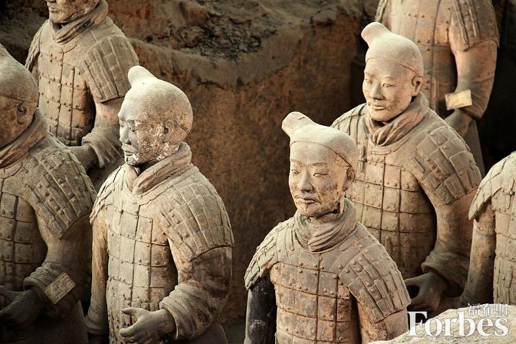 小长假来临将带动旅游市场复苏,西安旅游今日股价跌势变缓